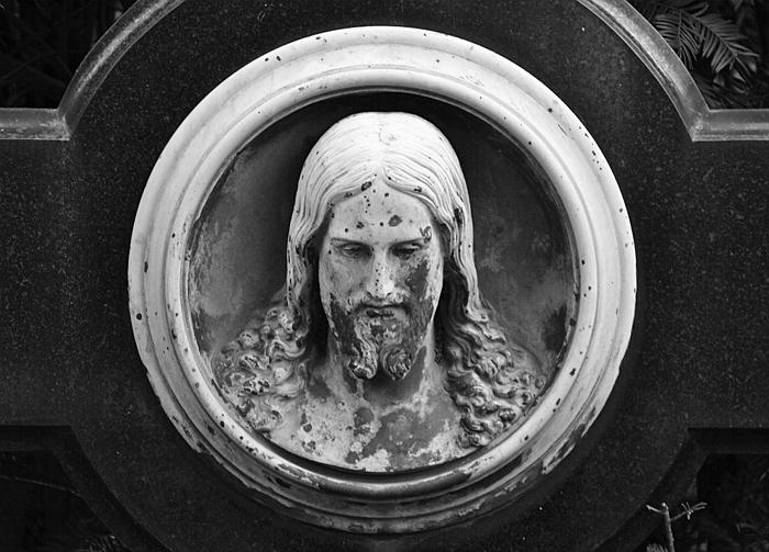 Fabian Fröhlich, Berlin, St.-Michael-Friedhof, Christusrelief