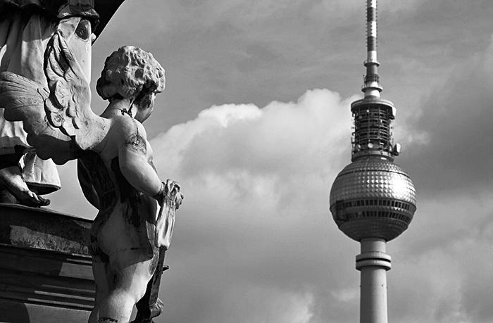 Blick vom Berliner Dom auf den Fernsehturm