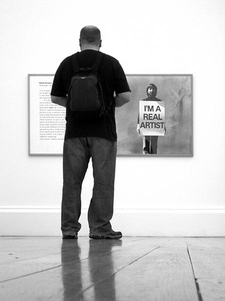 Fabian Fröhlich, Tate Britain, Keith Arnatt, I'm a Real Artist