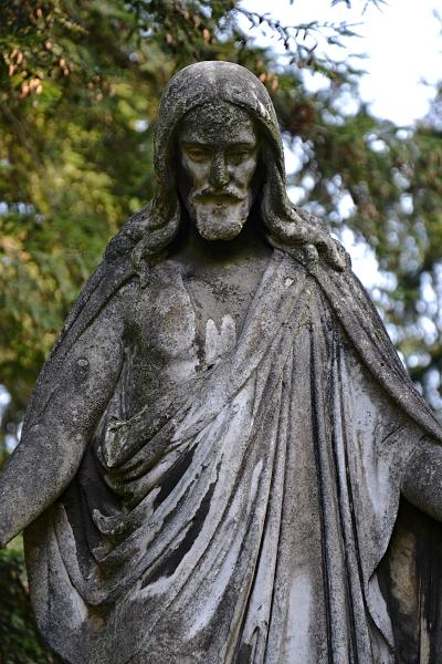 Fabian Fröhlich, Kassel, Hauptfriedhof, Christus-Statue