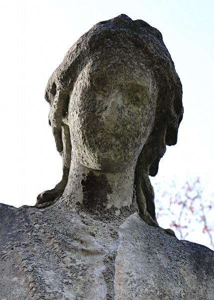 Fabian Fröhlich, Kassel, Hauptfriedhof, Engelskopf