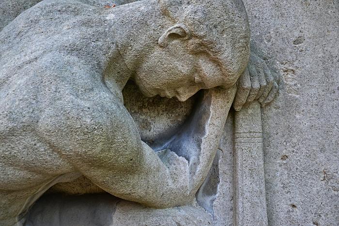 Fabian Fröhlich, Kassel, Hauptfriedhof, Thanatos