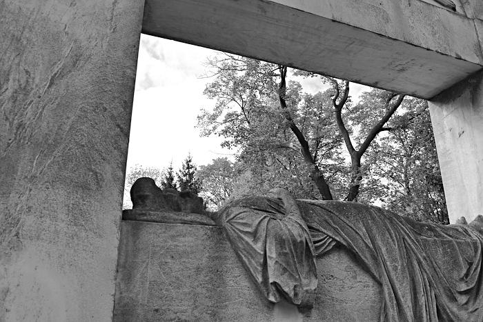 Fabian Fröhlich, Berlin, Friedhöfe am Halleschen Tor, Grabmal