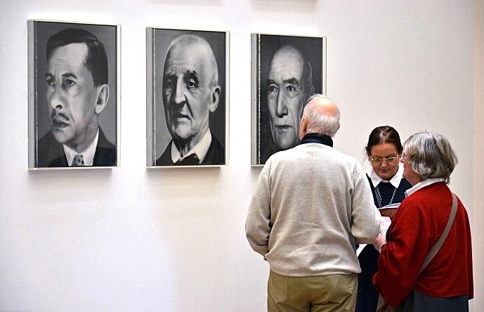 Fabian Fröhlich, Köln, Museum Fabian Fröhlich, Köln, Museum Ludwig, Gerhard Richter, 48 Porträts (Rudolf Borchardt, Anton Bruckner, André Gide)