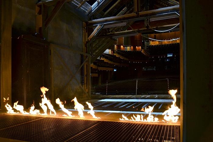 Fabian Fröhlich, Staatstheater Kassel, Opernhaus, Bühnenbild der Zauberflöte und Zuschauerraum