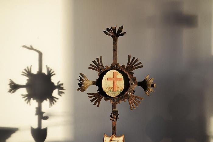 Fabian Fröhlich, Kassel, Museum für Sepulkralkultur, Grabkreuz