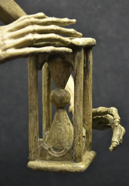 Fabian Fröhlich, Kassel, Museum für Sepulkralkultur, Tödlein, Stundenglas