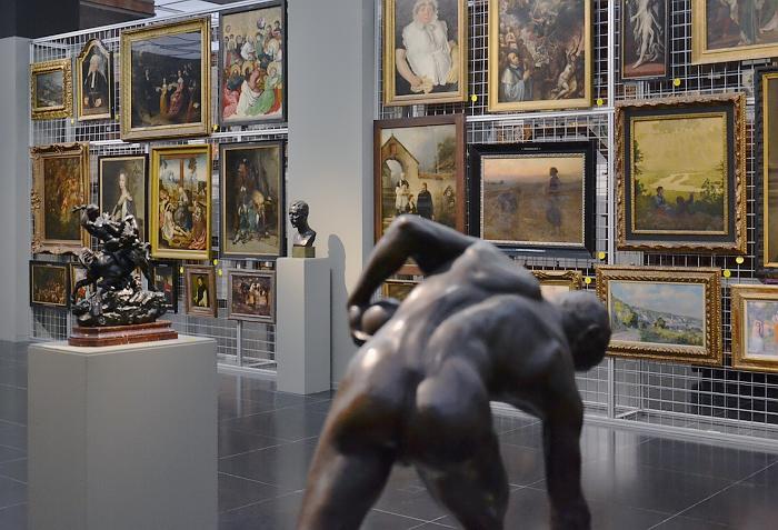 "Fabian Fröhlich, Köln, Wallraf-Richartz-Museum, Nikolaus Friedrich, Bocciaspieler, Sonderausstellung ""Panoptikum"""