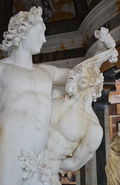 Fabian Fröhlich, Kassel, Marmorbad, Pierre Etienne Monnot, Apollo schindet Marsyas