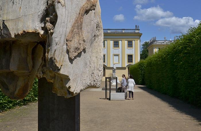 Carol Bove, Flora's Garden, Petrified Wood, documenta 13, Karlsaue, Fabian Fröhlich, Kassel