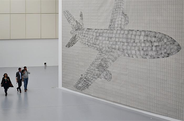 Fabian Fröhlich, dOCUMENTA (13), documentahalle, Thomas Bayrle, Airplane