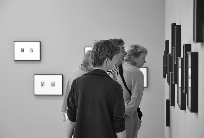 documenta 13, Roman Ondak, Observations, Kassel, Neue Galerie, Visitors