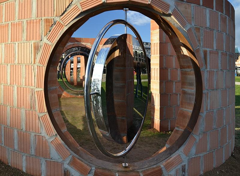 Kassel, Chinesische Kunst, Alles unter dem Himmel gehört allen, Guan Huaibin, Garten der Erlösung