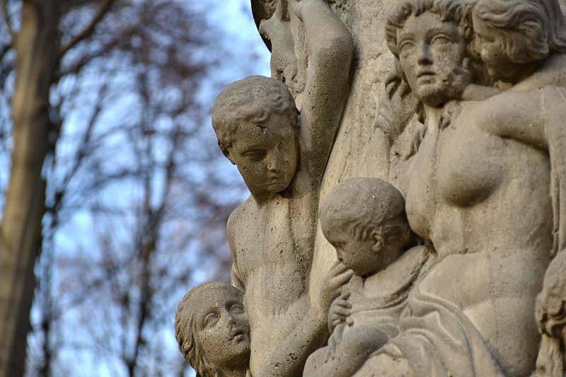 Berlin Tiergarten, Herbst, Denkmal Friedrich Wilhelm II. (Sockel), Wilhelm Drake, Fabian Fröhlich