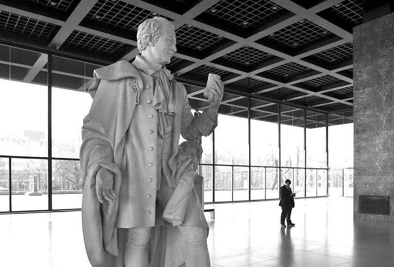 Neue Nationalgalerie, Im weißen Licht, Klassizistische Skulpturen aus der Friedrichswerderschen Kirche, Fabian Fröhlich