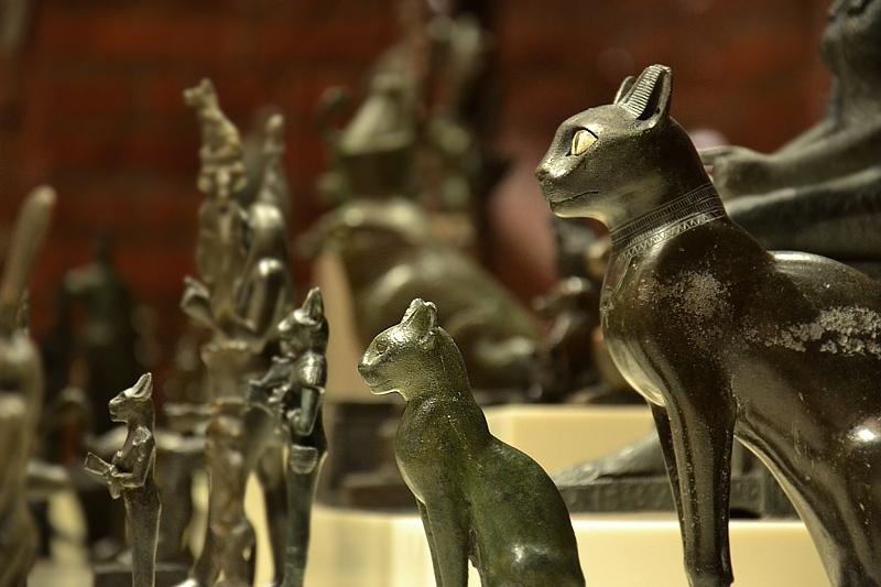 Neues Museum, Bastet-Statuetten, Fabian Fröhlich, Berlin