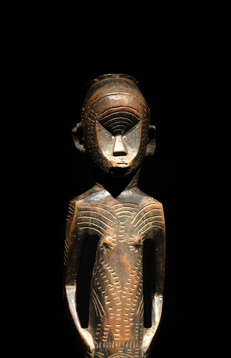 Ethnologisches Museum Berlin-Dahlem, Weibliche Ahnenfigur aus Malawi