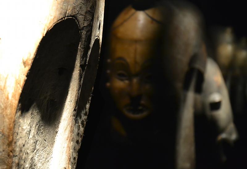 Ethnologisches Museum Berlin-Dahlem, Masken aus Kamerun und Angola