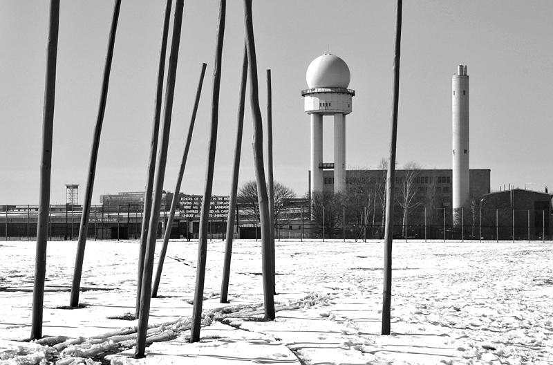Tempelhofer Park, Winter, Radarturm