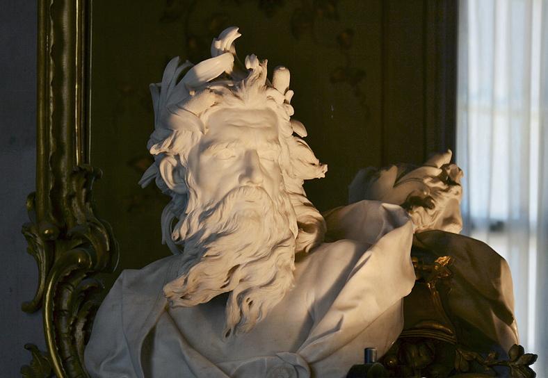 Büste der Neptun von Lambert Sigismund Adam in Schloss Sanssoucci
