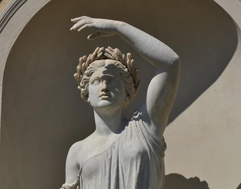 sansouci, Allegorie des Sommers von Eduard Mayer am Orangerieschloss