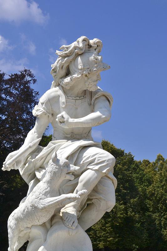 Sanssouci, Mars von Francois Gaspard Adam (Kopie von Wolfgang Wille) am Französischen Rondel