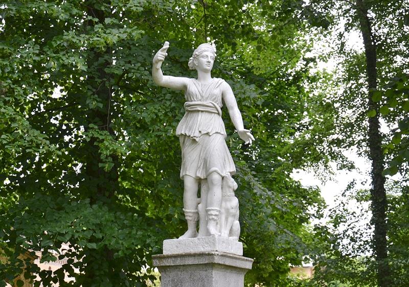 Park Klein-Glienicke, Statue der Diana