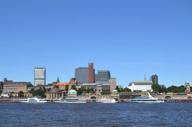 Hamburg, Blick von Steinwerder zu den Landungsbrücken