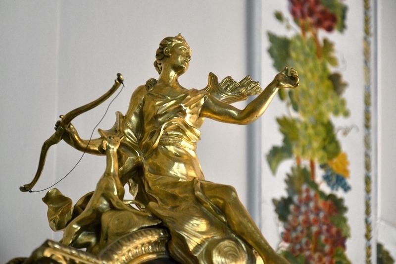 Neuer Garten, Potsdam, Uhr mit Figur der Diana im Marmorpalais, Fabian Fröhlich