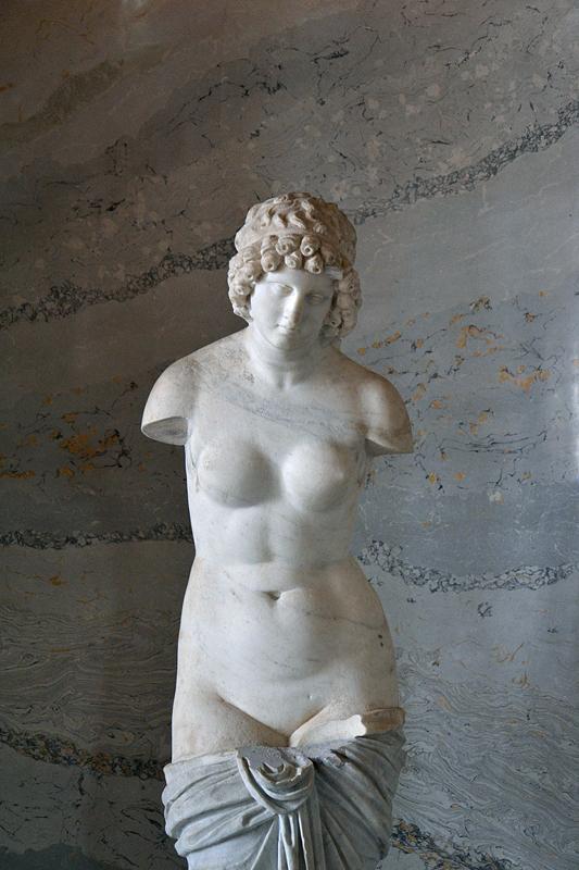 Neuer Garten, Potsdam, Nymphe, Statue der Aphrodite im Grottensaal des Marmorpalais, Fabian Fröhlich