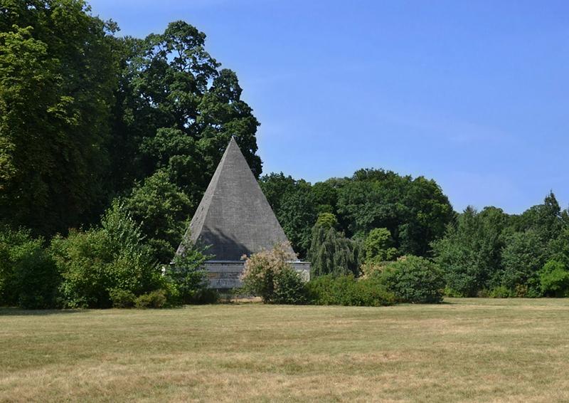 Pyramide (Eiskeller), Neuer Garten, Potsdam, Fabian Fröhlich