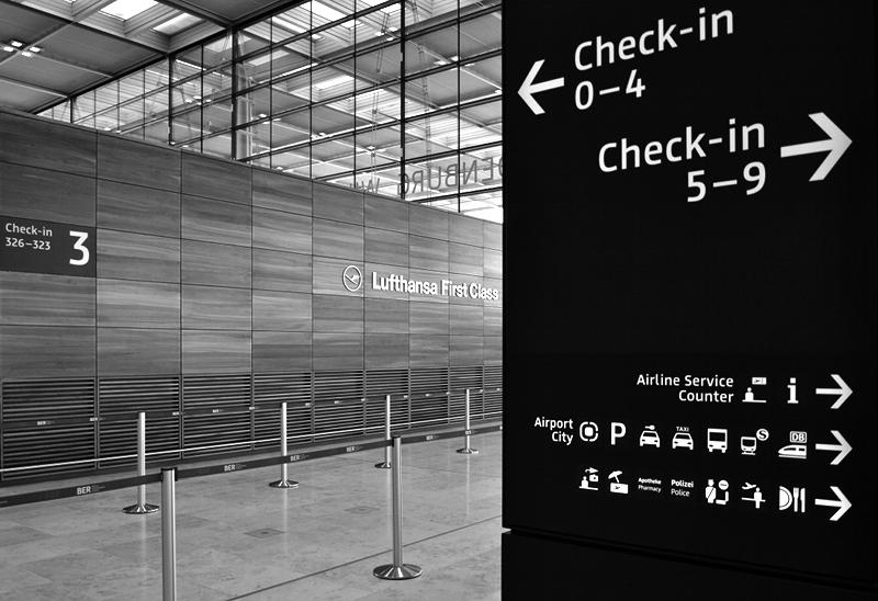 Leitsystem, Abflughalle, BER, Flughafen Berlin Brandenburg