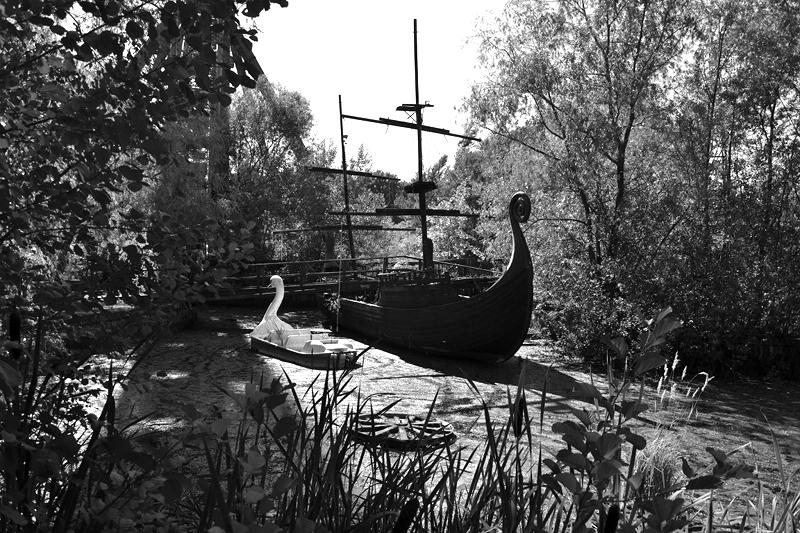 Spreepark Plänterwald im Herbst, Piratenschiff, Schanenboot, Fabian Fröhlich