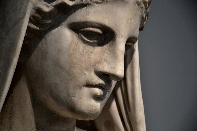 Berlin, Antikensammlung, Altes Museum, Fragment vom Grabmal der Nikarete
