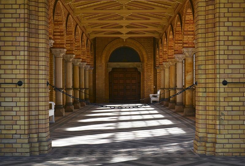 Jüdischer Friedhof Berlin Weißensee, Eingang zur Trauerhalle