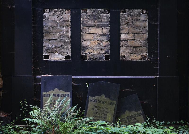 Jüdischer Friedhof Berlin Weißensee, Grabmal Mendelssohn