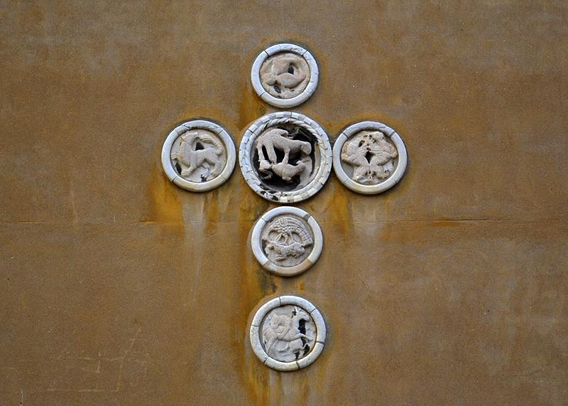 Venezia, Campo San Trovaso, Kreuz