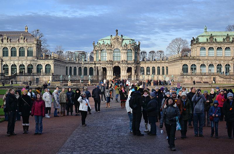 Zwinger Dresden, Skulptur, Glockenspielpavillon