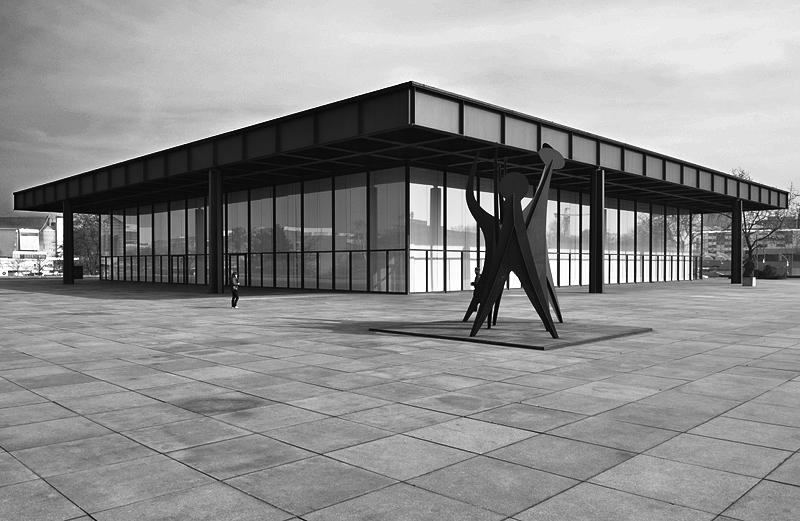 Fabian Fröhlich, Neue Nationalgalerie und Tetes et Queue von Alexander Calder