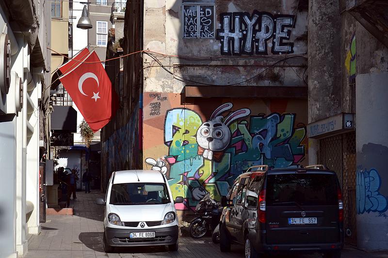Istanbul, Graffiti in der İstiklal Caddesi