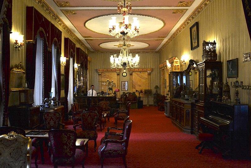 Istanbul, Büyük Londra Hoteli, Lobby