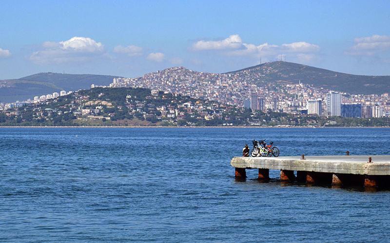 Istanbul, Prinzeninseln, Blick von Büyükada nach Kartal