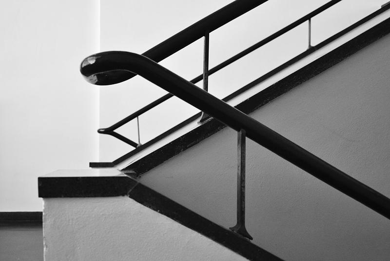Bauhaus Dessau, Handlauf im Treppenhaus