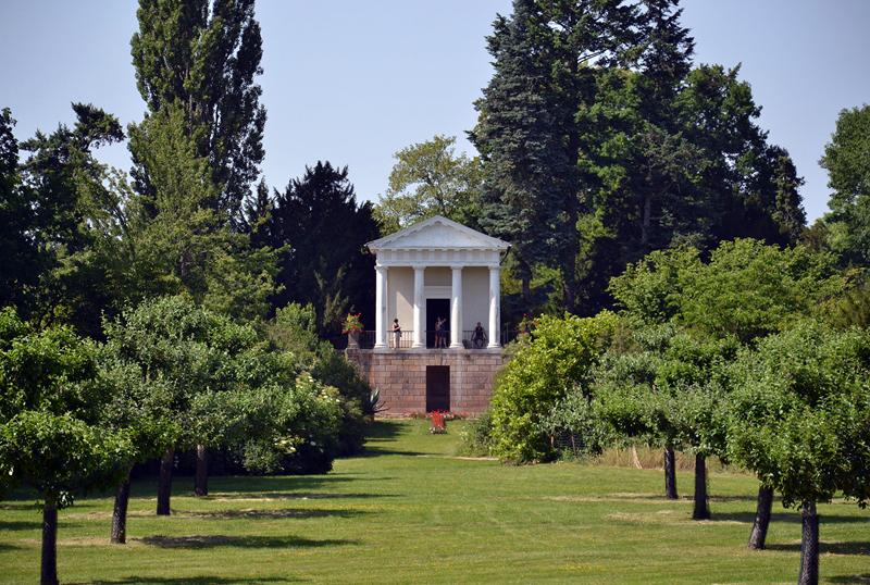 Floratempel im Park Wörlitz
