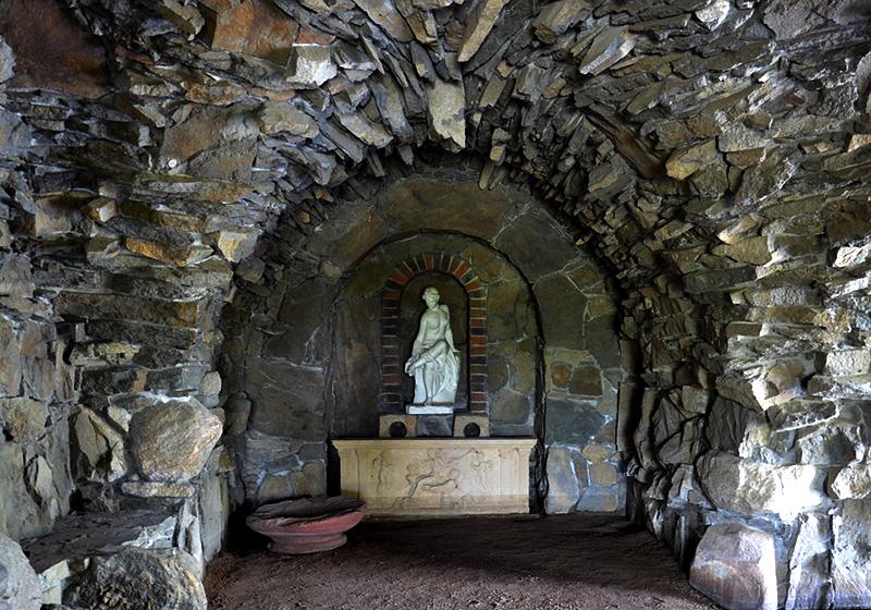 Capri-Grotte auf der Insel Stein Park Wörlitz