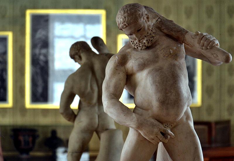 Skulptur Trunkener Herkules in Schloss Wörlitz