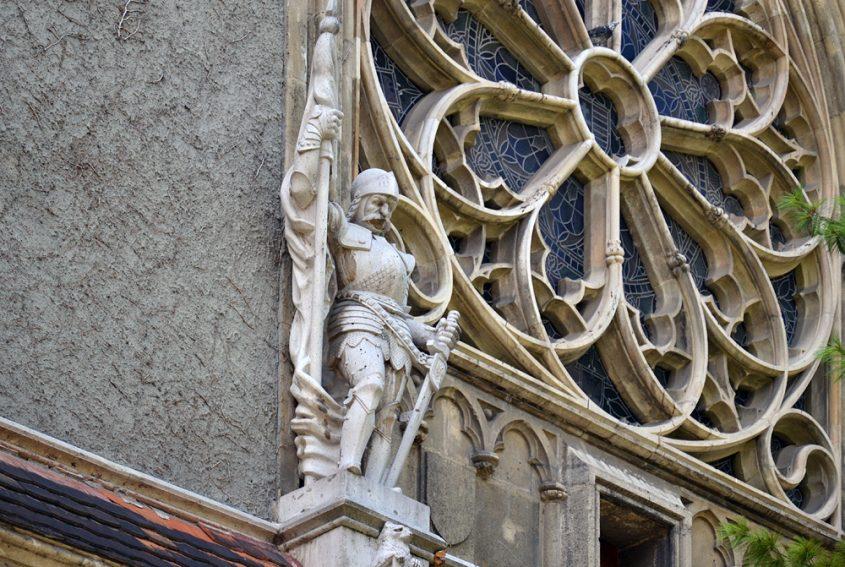 Säulenbasis, Vajdahunyad vára, Kreuzgang