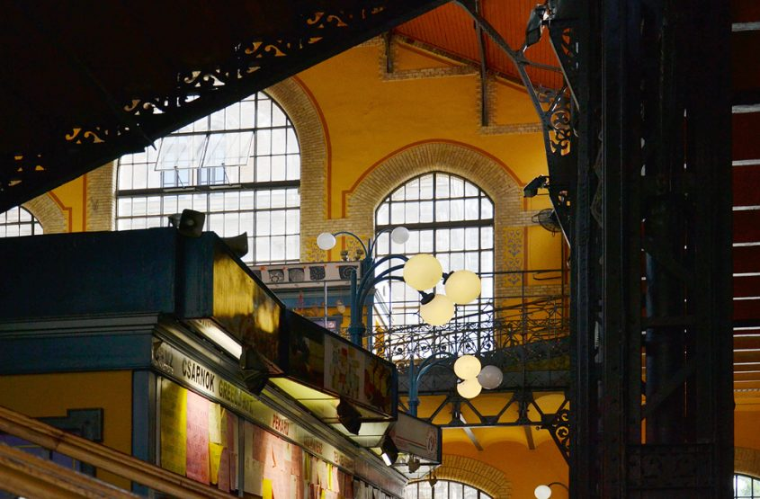 Nagy Vásárcsarnok (Große markthalle), Lampen