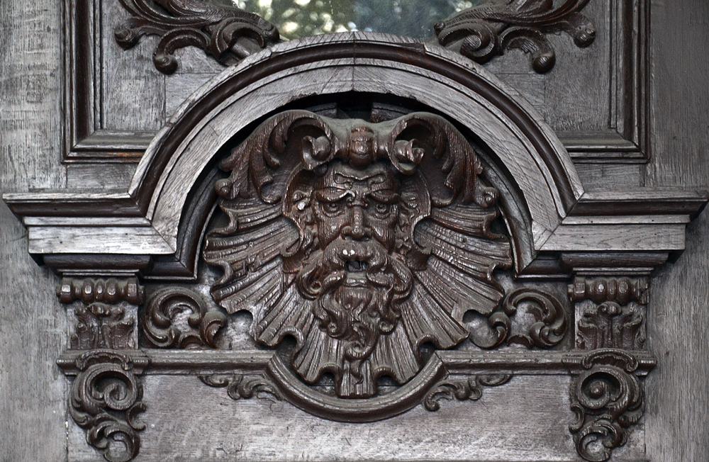József Körút, Maske