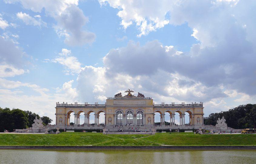 Schloss Schönbrunn, Gloriette, Wolken
